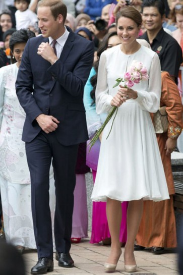 Kate Middleton Knielanges langärmliges Chiffon-Kleid Visiting Malaysian