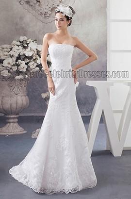 Sheath/Column Lace Strapless Wedding Dress With A Wrap