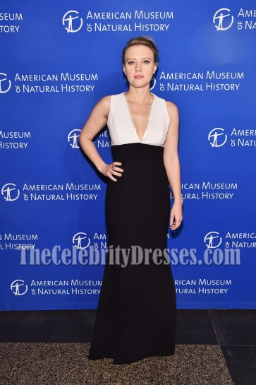 Kate McKinnon Deep V-neck Prom Gown 2016 American Museum of Natural History Museum Gala 3
