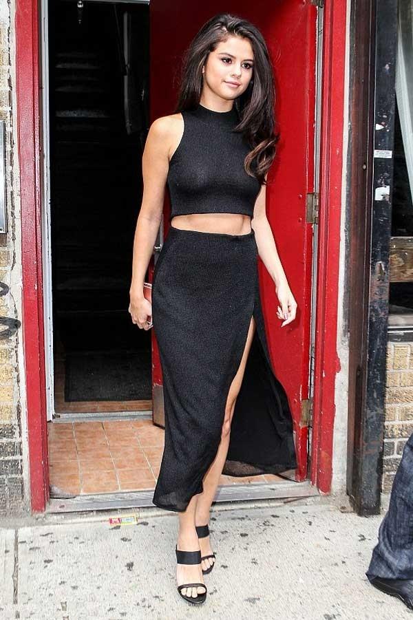 Selena Gomez Black Cut Out High Slit Prom Dress New York National ...