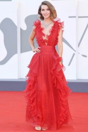 Arizona Muse Red Plunging Pleated Formal Dress 2020 Venice Film Festival