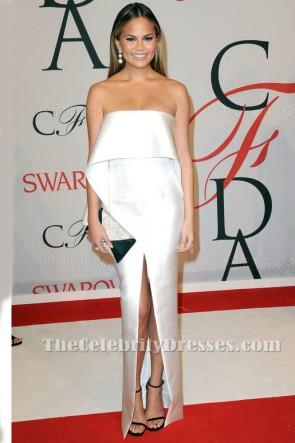 Chrissy Teigen Weißes Trägerloses Formales Abendkleid 2015 CFDA Awards TCD6241