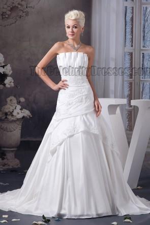 Elegant Strapless A-Line Chapel Train Embroidered Wedding Dresses