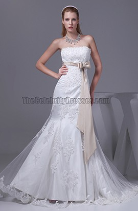 Strapless A-Line Lace Organza Chapel Train Wedding Dress