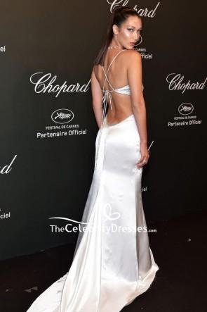 Bella Hadid Weiß Silber Oberschenkelhoher Schlitz Sexy Abendkleid Chopard Space Party