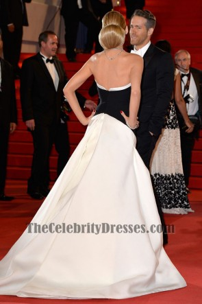 Blake Lively Schwarz-Weiß-Formal-Kleid Captives Premiere Cannes 2014