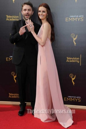 Lydia Hearst Perle rosa Neckholder Backless Abend Prom Kleid Kreative Emmys 2016