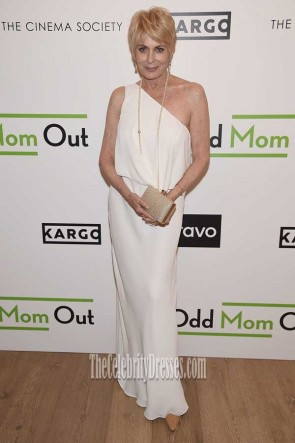Joanna Cassidy White One-shoulder Gown Season 3 Premiere Of Odd Mom Out