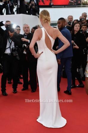 Doutzen Kroes Sexy Weiße Abendkleider La Tete Haute Premiere 2015 Cannes Film Festival TCD6082