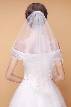 Fingertip Bridal Veils With Beading
