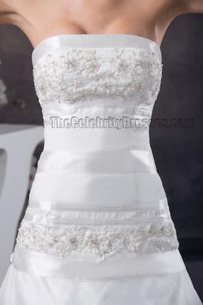 Wunderschönes trägerloses gesticktes Kapellenzug-Brautkleid der A-Linie