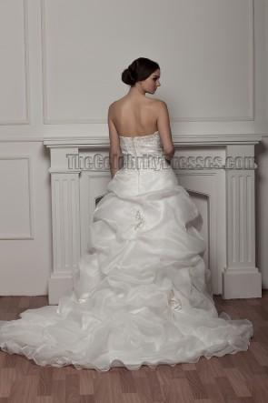 Gorgeous A-Line Strapless Organza Wedding Dress With A Wrap
