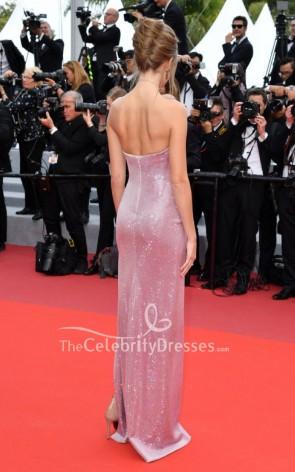 Josephine Skriver rosa trägerloses Abendkleid mit Pailletten 2019 Filmfestspiele von Cannes
