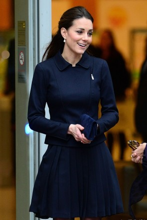 Kate Middleton Dunkelblauer Anzug Place2Be Forum