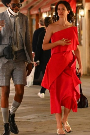 Katherine Waterston Red One-shoulder Midi Dress 2020 Venice Film Festival
