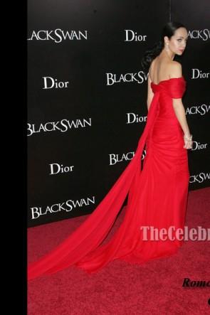 Ksenia Solo Roter Chiffon Abendkleid New York Schwarze Schwan-Premiere