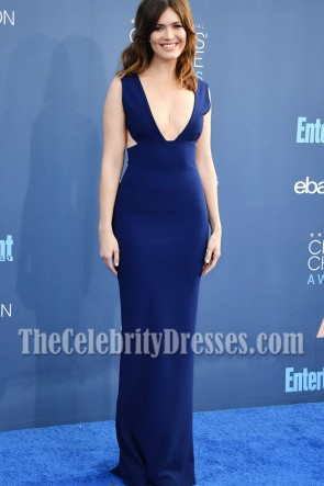 Mandy Moore Dark Navy Deep V-Ausschnitt Prom Gown 2016 Critics 'Choice Awards