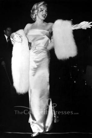 Marilyn Monroe weißes trägerloses Abendkleid die Premiere von Call Me Madam