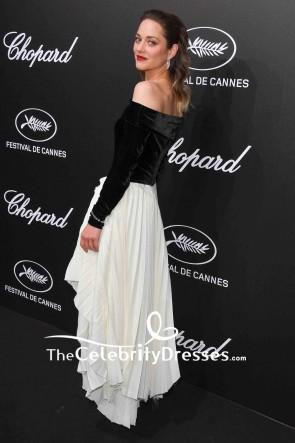 Marion Cotillard Schwarz-Weiß-Kleid ohne Schulter mit Ärmeln 2019 Trophee Chopard Dinner