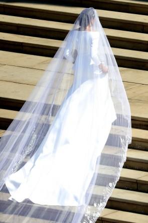 Meghan Markle Weds Prince Harry elegante lange Ärmel Brautkleid