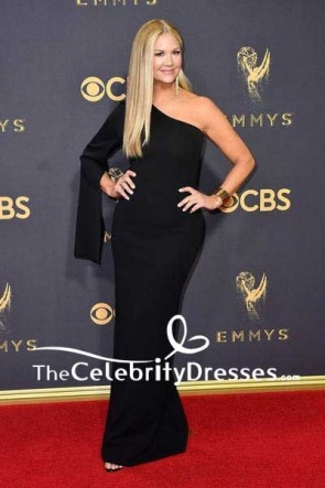 Nancy O'Dell Schwarzes One-Shoulder-Kleid mit langem, einfacherem Säulenkleid 69. Primetime Emmy Awards