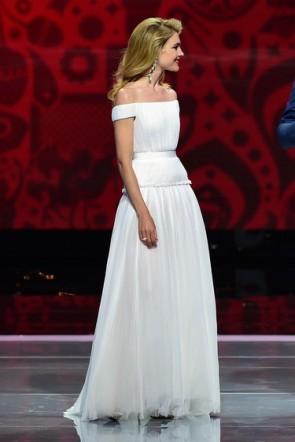 Natalia Vodianova Weißes off-the-Schulter-formales Kleid-Abend-Kleid TCD6236