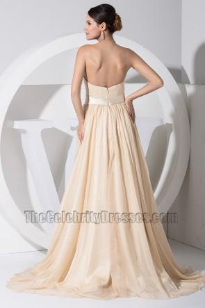 Abendkleid des Champagnerschatzes im neuen Stil