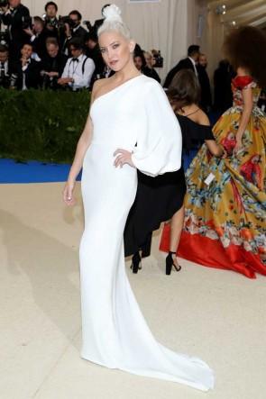 Kate Hudson White One-shoulder Mermaid One-sleeve Evening Dress 2017 Met Gala TCD7397