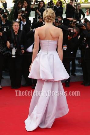 Suki Waterhouse sexy trägerlosen roten Teppich Prom Gown Homesman Premiere 67. Cannes Film Festival
