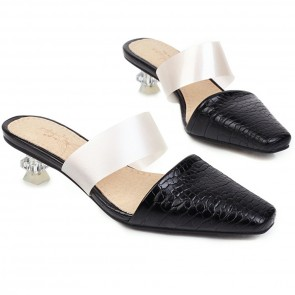 Women's Closed-toe Low Heel Sandals Pumps Shoes