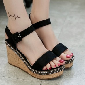 Women's Suede Wedge Heel Sandals With Buckle