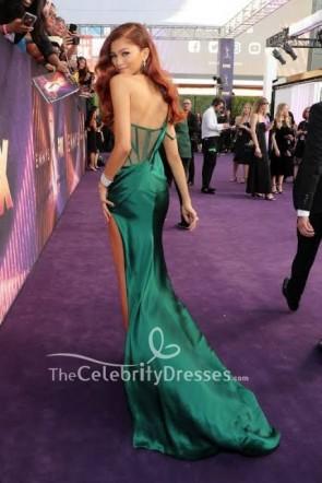 Zendaya Coleman dunkelgrünes Kleid mit einer Schulter 2019 Emmys Awards