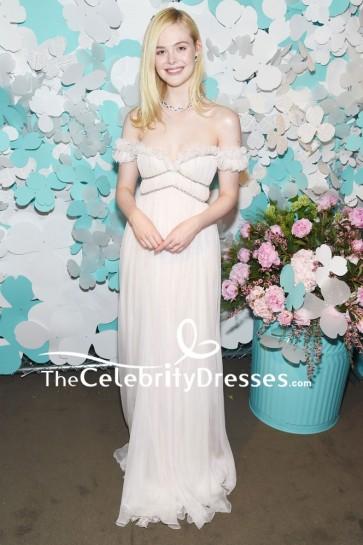Robe de soirée blanche Fanning d'Elle Fanning Tiffany & Co. Lancement de la campagne des fleurs en papier et de l'événement Believe In Dreams