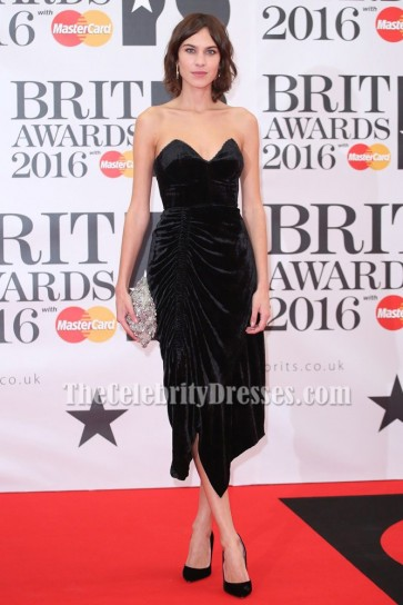 Alexa Chung Robe de cocktail sans bretelles noire BRIT Awards 2016 Robes de Célébrité