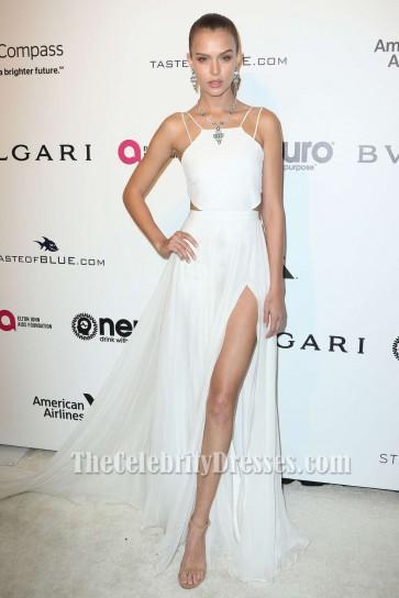 Josephine Skriver Robe de soirée blanche Elton John AIDS Foundation
