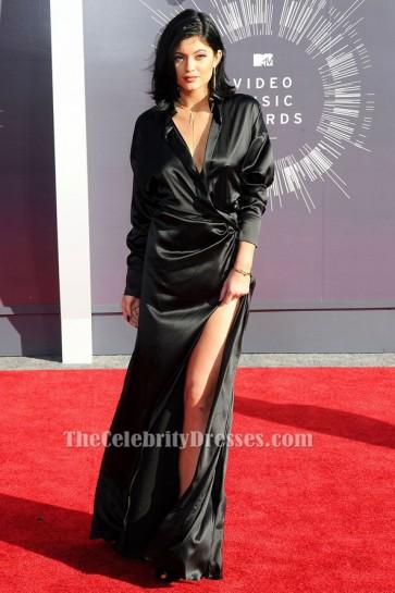 Kylie Jenner - Robe de soirée noire à manches longues MTV Video Music Awards