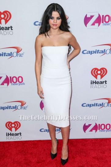 Selena Gomez Robe de cocktail blanche Z100's Jingle Ball 2015 tapis rouge