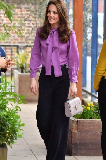 Kate Middleton Purple Shirt With Long Sleeves 2019
