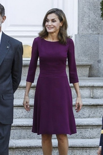 Queen Letizia of Spain's Knee Length Purple Cocktail Dress With Sleeves