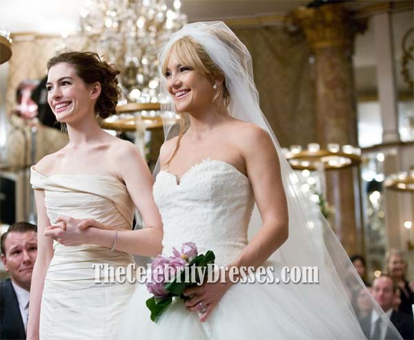 Anne Hathaway Wedding Gown In Movie Bride Wars