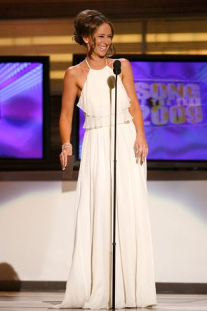 Jennifer Love Hewitt Sexy White Prom Dress Academy Country Music Awards
