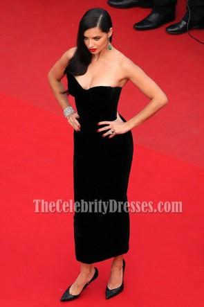 Adriana Lima Robe de cocktail noire sans bretelles 68e Festival de Cannes annuel