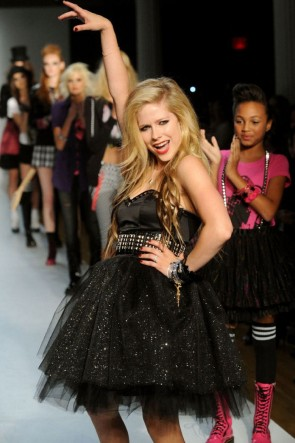 Avril Lavigne Black Glitter Short Cocktail Dress
