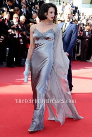 Asia Argento robe de soirée argent 2013 Festival de Cannes tapis rouge