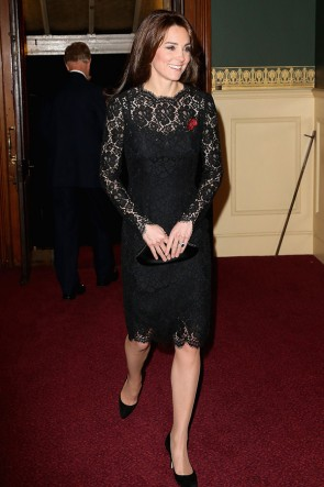 Kate Middleton Robe de cocktail en dentelle noire au Festival of Remembrance
