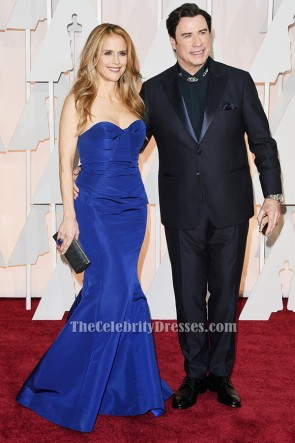Kelly Preston bleu royal robe formelle sirène Vanity Fair Oscar Party 2015