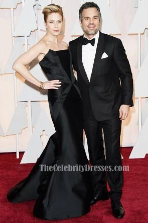 Sunrise Coigney robe de soirée sirène noire 2015 Academy Awards