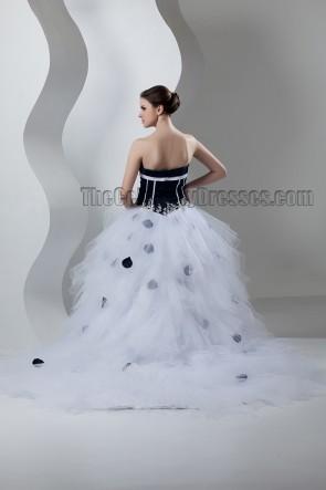 Classic Strapless Sweetheart Ball Gown Chapel Train Wedding Dress