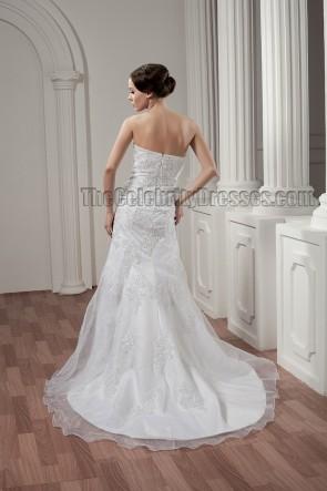 Elegant Sheath/Column Strapless Embroidered Wedding Dresses