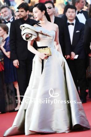 Fan Bingbing Robe de bal à épaules dénudées 2018 Robe de tapis rouge Festival de Cannes